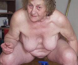 Frauen häßliche nackte reifen frau